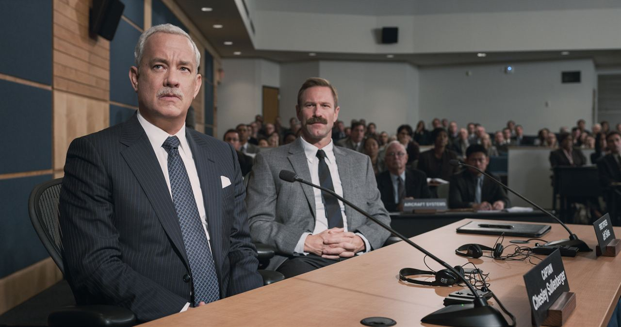 Sully : Foto Aaron Eckhart, Tom Hanks