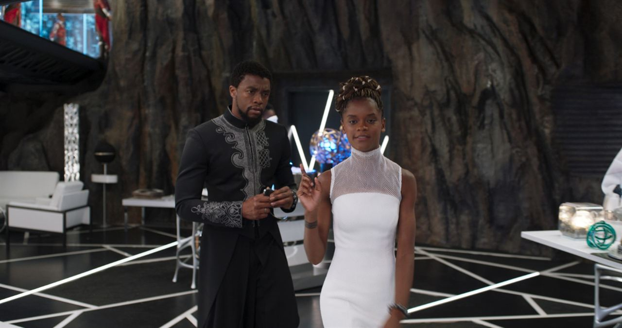 Black Panther : Foto Chadwick Boseman, Letitia Wright