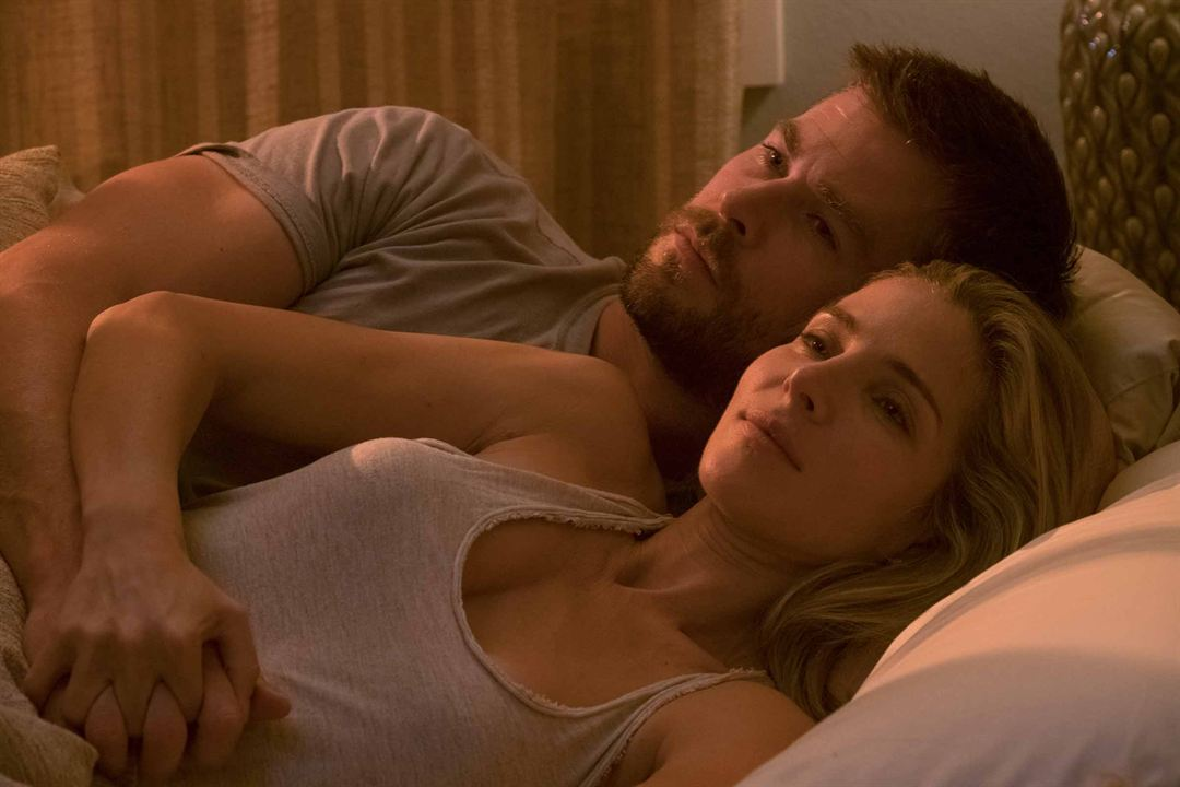 12 valientes : Foto Chris Hemsworth, Elsa Pataky