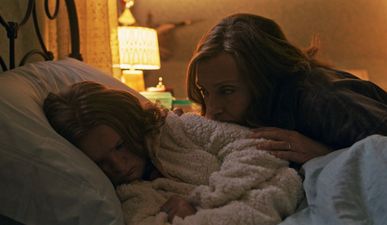 Hereditary : Foto Milly Shapiro, Toni Collette