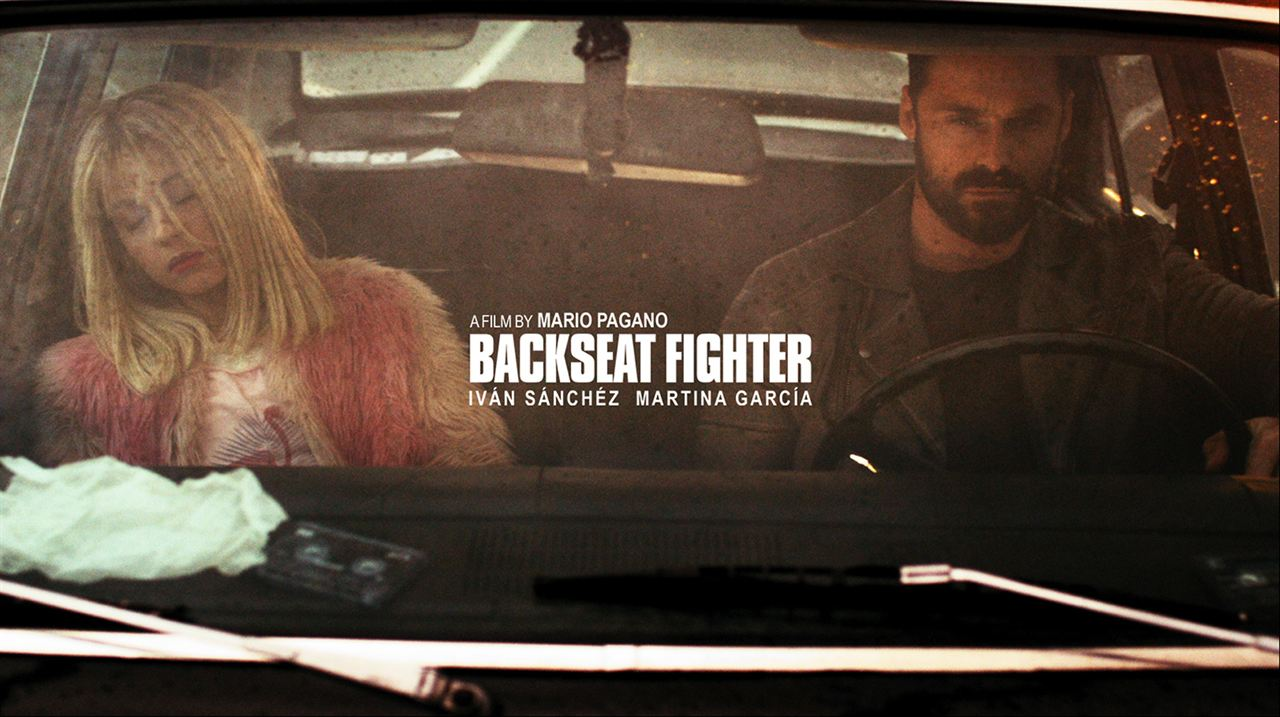 Backseat Fighter : Foto Iván Sánchez, Martina García