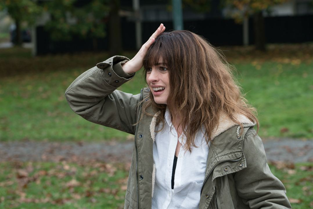 Colossal : Foto Anne Hathaway